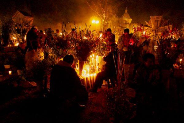 Candlelight vigil, Mixquic, 2010.