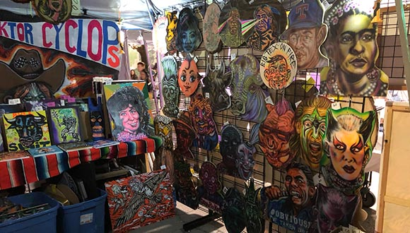 Artist-Clay-Stinnetts-booth-at-ArtsGoggle-Fort-Worth