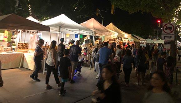 Crowd-at-ArtsGoggle-Fort-Worth