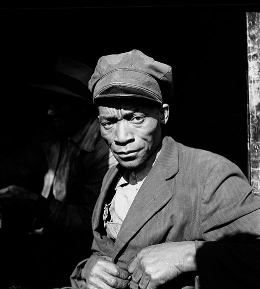 Coal Sketcher, Harlem River, New York, 1946