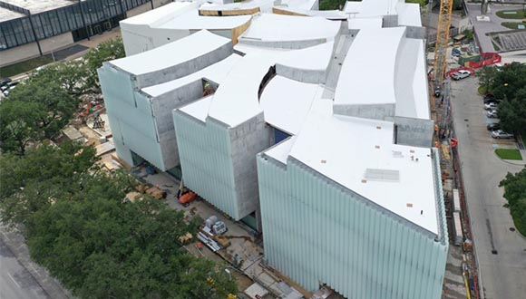 Aerial-view-of-the-Nancy-and-Rich-Kinder-Building-for-modern-and-contemporary-art-opening-fall-2020.-Steven-Holl-Architects.