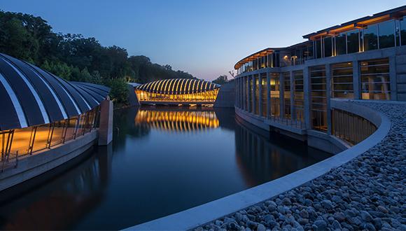 Crystal-Bridges-museum-Bentonville-AR