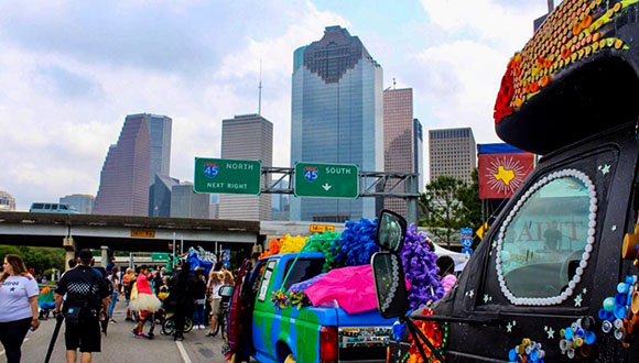 Art-Car-Parade-2020-goes-online-b