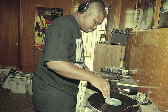 DJ Screw in his home studio-Courtesy SoSouth Music Distribution-Photo by Ben DeSoto-1995