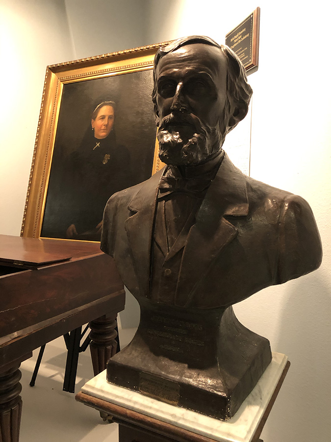 Bust of Jefferson Davis on display-Texas-Civil-War-Museum-White-Settlement-TX