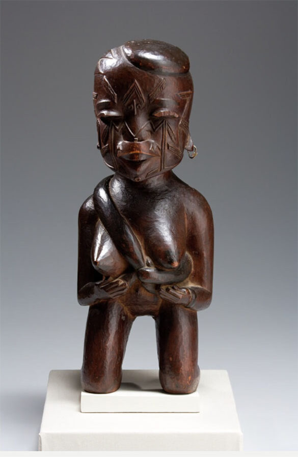 Kneeling Mother and Child, late 19th century African