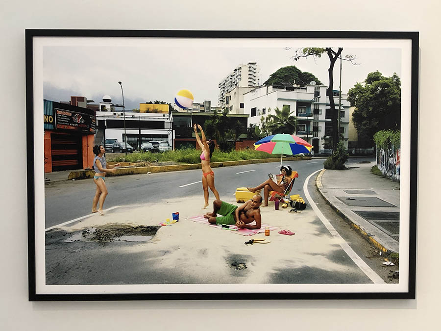 Playa Huequito, 2009, from Caracas Emmental, 2009-2010, Violette Bule