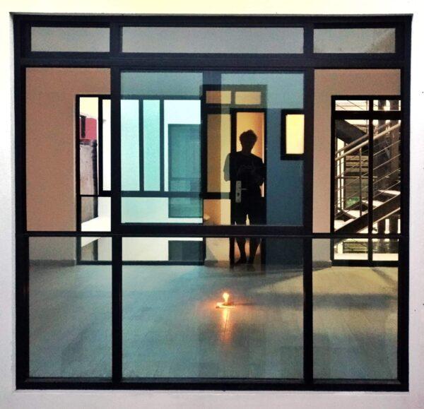 Randall Garrett in his studio in Mexico City