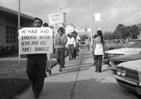 Chicano picketers in Pharr, TX, 1971.