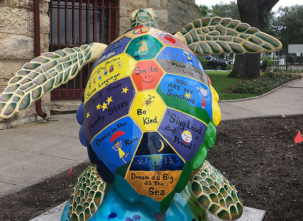Aloha-Honu-Tutle-About-Town
