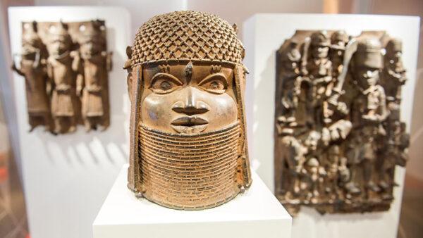 Three bronzes from Benin in the Hamburg Museum of Art