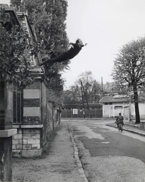 Yves Klein Leap into the Void photo 1960